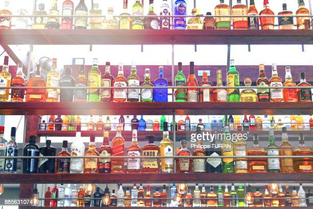 alcools. - alcohol drink stock pictures, royalty-free photos & images