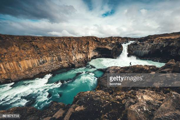 aldeyjarfoss in iceland - dramatic landscape stock pictures, royalty-free photos & images