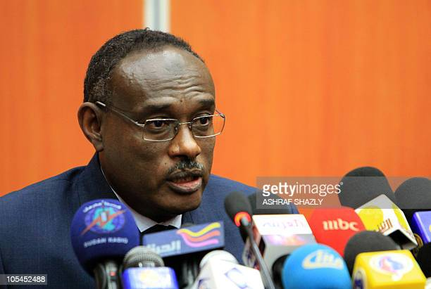 AlDirdiri Mohammed Ahmed chief negotiator on the issue for the National Congress Party of President Omar alBashir speaks during a press conference in...