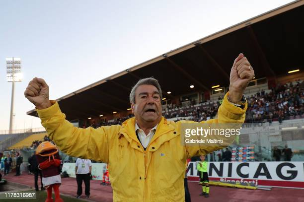 Aldo Spinelli president of AS Livorno Calcio gestures during the Serie B match between AS Livorno and Pisa SC at Stadio Armando Picchi on October 26...