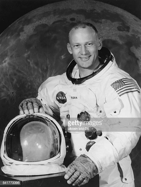 Aldrin Buzz * Astronaut USA Portrait im Raumanzug fuer die Apollo11Mission 1969