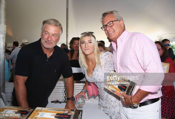 Alec Baldwin, Alba Jancou, and Peter Cook at the East Hampton Library's 15th Annual Authors Night Benefit on August 10, 2019 in Amagansett, New York.