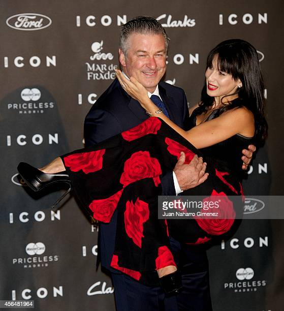 Alec Baldwin and Hilaria Baldwin attend 'Icon Awards 2014' at chancery consular embassy of Italy on October 1, 2014 in Madrid, Spain.