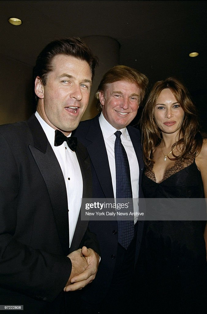 Alec Baldwin (left) is joined by Donald Trump and Melania Kn : News Photo