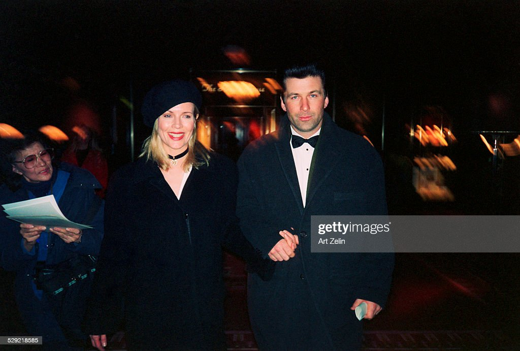 Alec Baldwin, Kim Basinger : News Photo