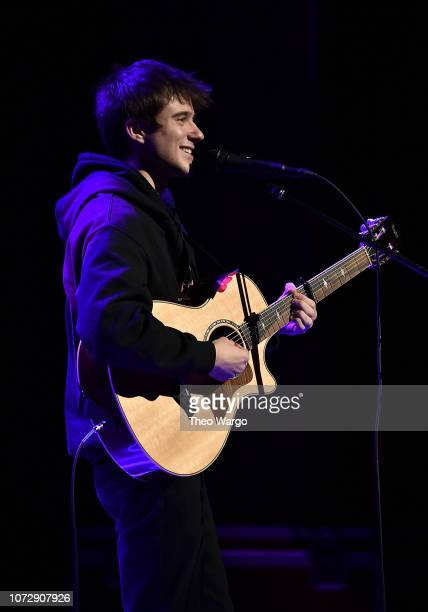 Alec Benjamin performs at NEW 1027's Holiday In New York 2018 at Beacon Theatre on December 13 2018 in New York City