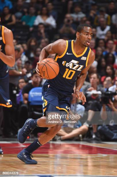Alec Burks of the Utah Jazz handles the ball against the LA Clippers on October 24 2017 at STAPLES Center in Los Angeles California NOTE TO USER User...