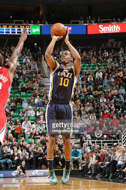 Alec Burks of the Utah Jazz shoots the ball against the Los Angeles Clippers on December 26 2015 at vivintSmartHome Arena in Salt Lake City Utah NOTE...