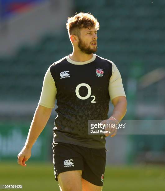 Alec Hepburn issues instructions during the England captain's run held at Twickenham Stadium on November 2 2018 in London England