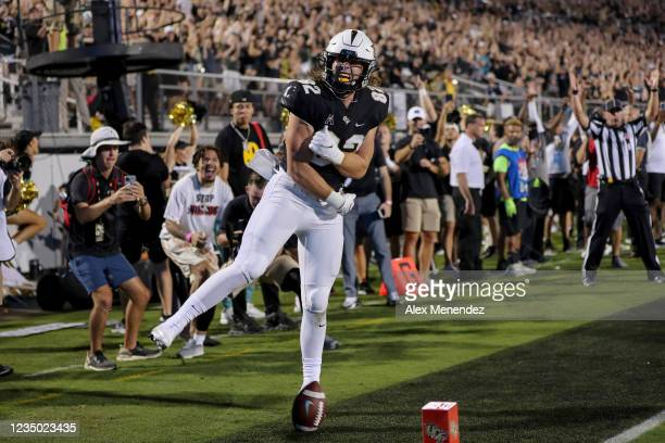 Alec Holler of the UCF Knights celebrates his touchdown catch against Boise State Broncos at the Bounce House on September 2, 2021 in Orlando,...