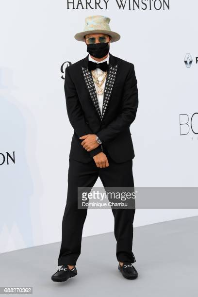Alec Monopoly arrives at the amfAR Gala Cannes 2017 at Hotel du CapEdenRoc on May 25 2017 in Cap d'Antibes France