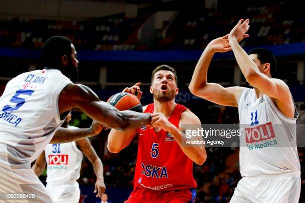 Alec Peters of CSKA Moscow vies with Earl Clark of Buducnost during the Turkish Airlines Euroleague match between CSKA Moscow and Buducnost Voli...