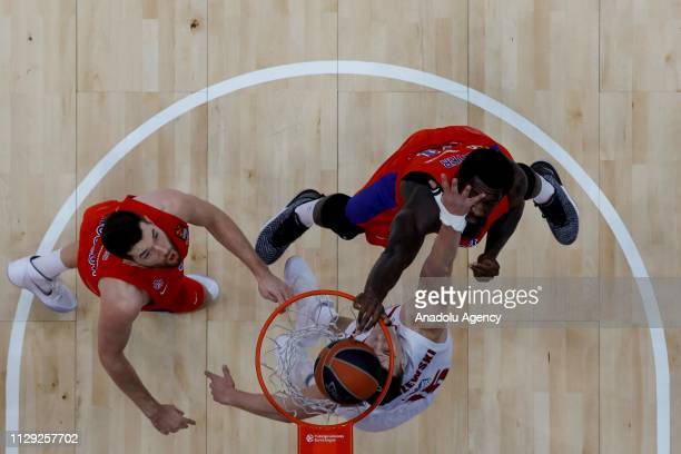 Alec Peters of CSKA Moscow vies with Kaleb Tarczewski of AX Armani Exchange Olimpia Milan during the Turkish Airlines Euroleague match between CSKA...