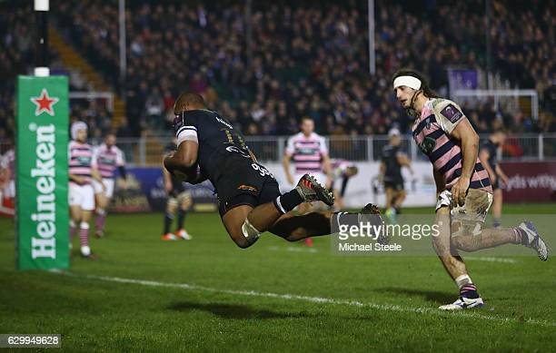 Aled Brew of Bath scores a try during the European Rugby Challenge Cup match between Bath Rugby and Cardiff Blues at The Recreation Ground on...