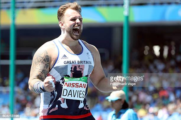 Aled Davies of Great Britain celebrates winning the Men's Shot Put F42 at Olympic Stadium during day 5 of the Rio 2016 Paralympic Games on day 5 of...