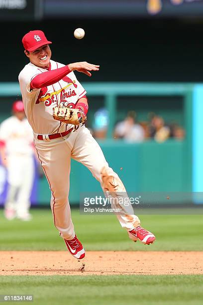 Aledmys Diaz of the St Louis Cardinals throws out a runner against the Pittsburgh Pirates in the sixth inning at Busch Stadium on October 1 2016 in...