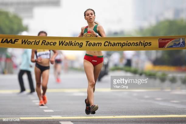 Alegna Gonzalez of Mexico crosses the finishing line to win the Women's 10 kilometres Race Walk of IAAF World Race Walking Team Championships Taicang...