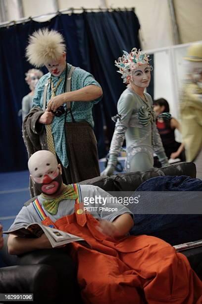 Alegria New Show Of Cirque Du Soleil Le Cirque du soleil présente son nouveau spectacle 'Alegria' sous son chapiteau à BARCELONE artistes maquillés...