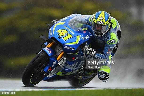 Aleix Espargaro of Spain and the Team Suzuki Ecstar rides during free practice for the 2016 MotoGP of Australia at Phillip Island Grand Prix Circuit...