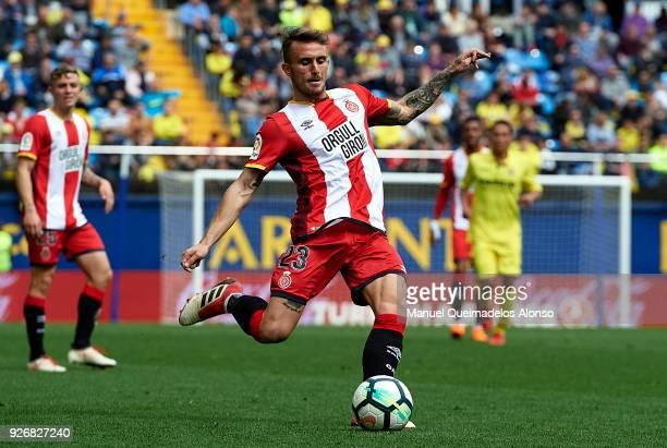 Aleix Garcia of Girona in action during the La Liga match between Villarreal and Girona at Estadio de La Ceramica on March 3 2018 in Villarreal Spain