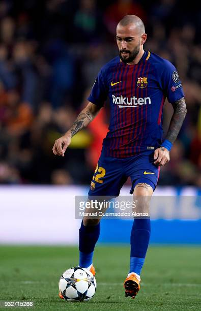 Aleix Vidal of Barcelona drives the ball during the UEFA Champions League Round of 16 Second Leg match between FC Barcelona and Chelsea FC at Camp...