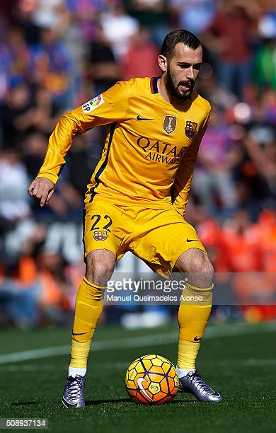 Aleix Vidal of Barcelona in action during the La Liga match between Levante UD and FC Barcelona at Ciutat de Valencia on February 07 2016 in Valencia...