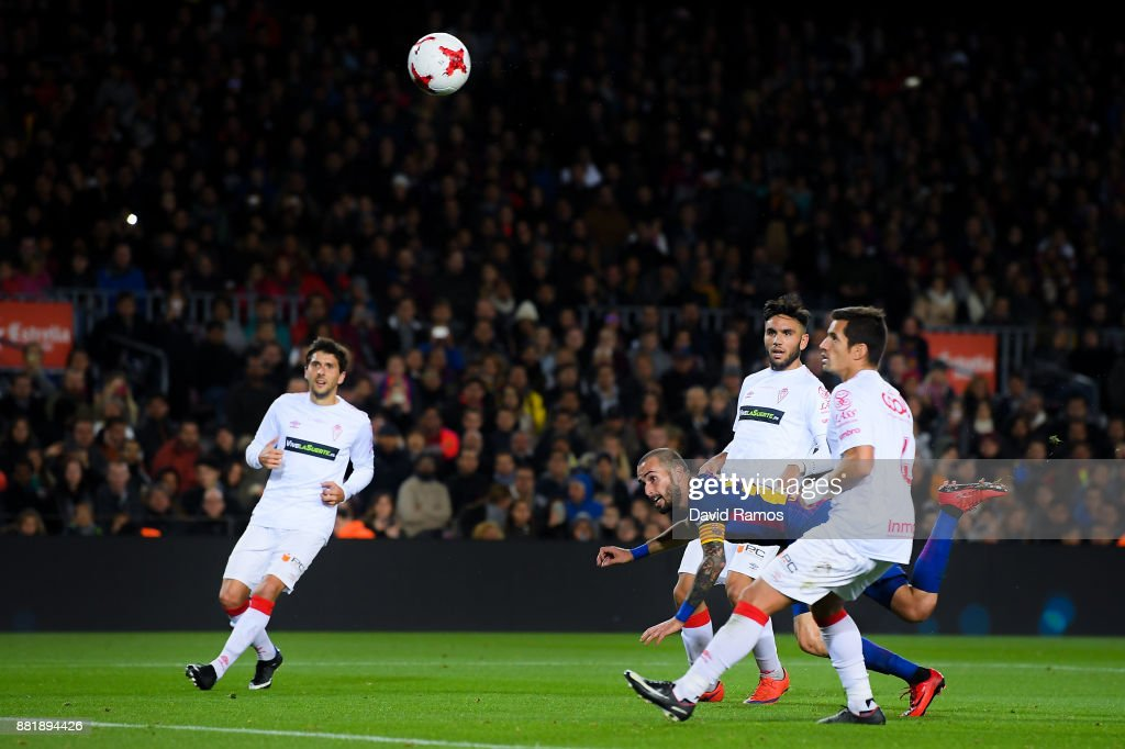 Aleix Vidal of FC Barcelona scores his team's third goal during the Copa del Rey round of 32 second leg match between FC Barcelona and Real Murcia at Camp Nou on November 29, 2017 in Barcelona, Spain.