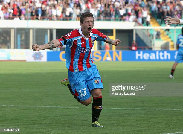 Alejadro Gomez of Catania Calcio celebrates his goal during the Serie A match between Catania Calcio and SSC Napoli at Stadio Angelo Massimino on...