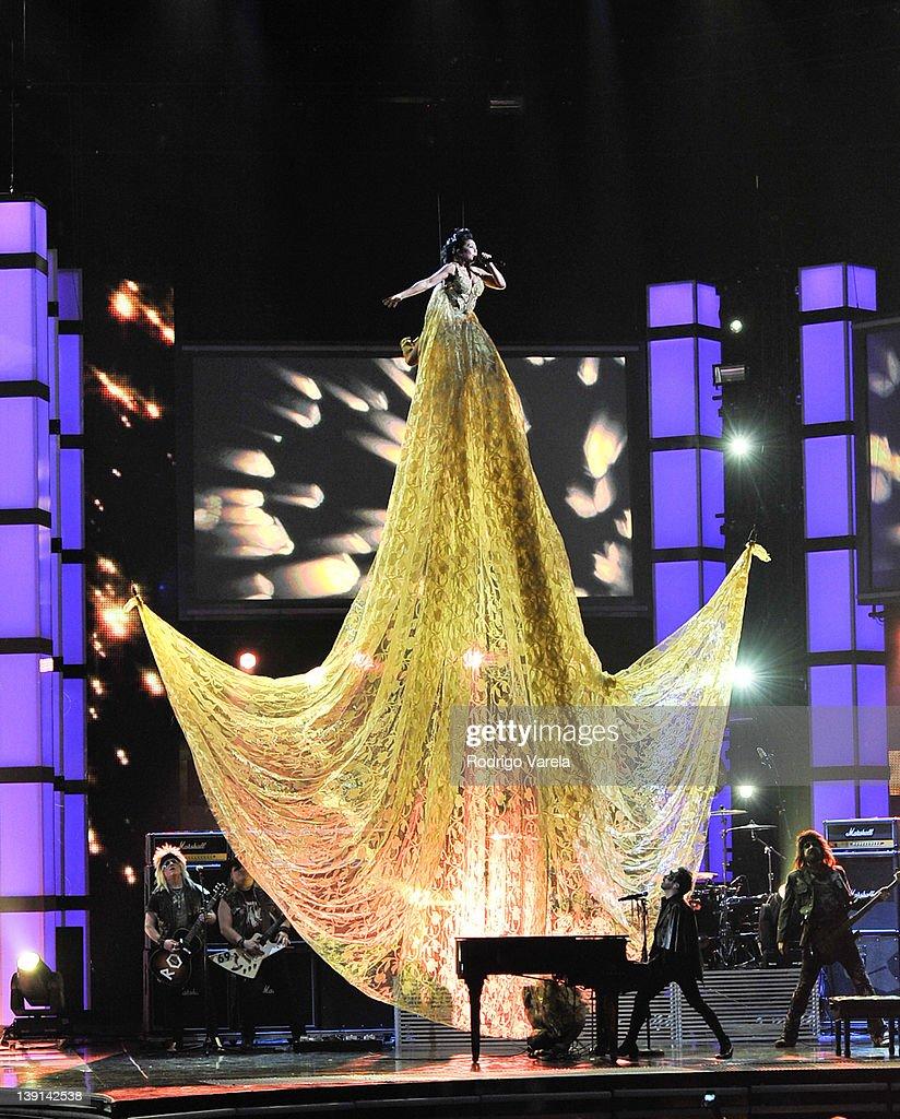 Premio Lo Nuestro a La Musica Latina - Show : News Photo