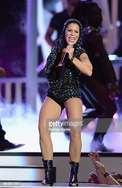 Alejandra Guzman performs onstage at Telemundo's 'Premios Tu Mundo' Awards 2015 at American Airlines Arena on August 20 2015 in Miami Florida