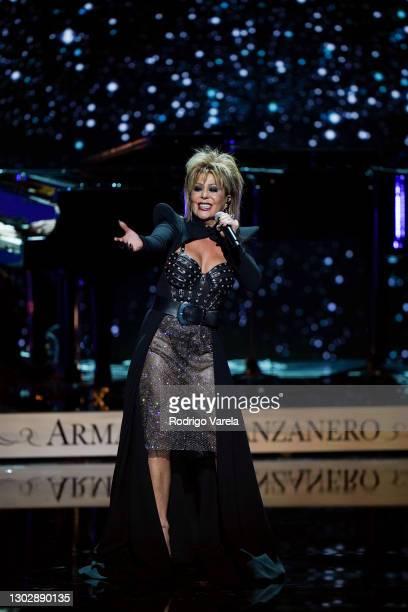 Alejandra Guzmán performs onstage during Univision's 33rd Edition of Premio Lo Nuestro a la Música Latina at AmericanAirlines Arena on February 18,...