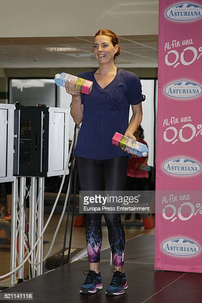 Alejandra Osborne presents Fitness Master Class by Central Lechera Asturiana at GoFit Gym on April 13 2016 in Madrid Spain