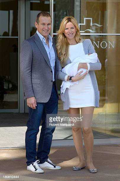 Alejandra Prat and Juan Manuel Alcarez present their 3rd baby Amaro to the press at the Clinic Teknon on October 30 2011 in Barcelona Spain