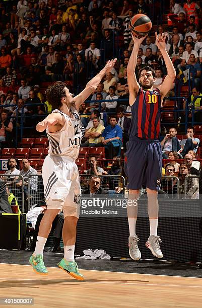 Alejandro Abrines #10 of FC Barcelona in action during the Turkish Airlines EuroLeague Final Four Semi Final A between FC Barcelona vs Real Madrid at...