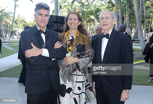Alejandro Aravena Benedetta Tagliabue and Justice Stephen Breyer during Pritzker Architecture Prize 2015 at New World Symphony on May 15 2015 in...