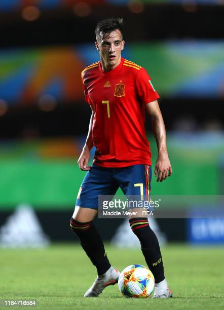 Alejandro Blesa of Spain dribbles during the FIFA U17 World Cup Brazil 2019 group E match between Spain and Tajikistan at Estádio Kléber Andrade on...