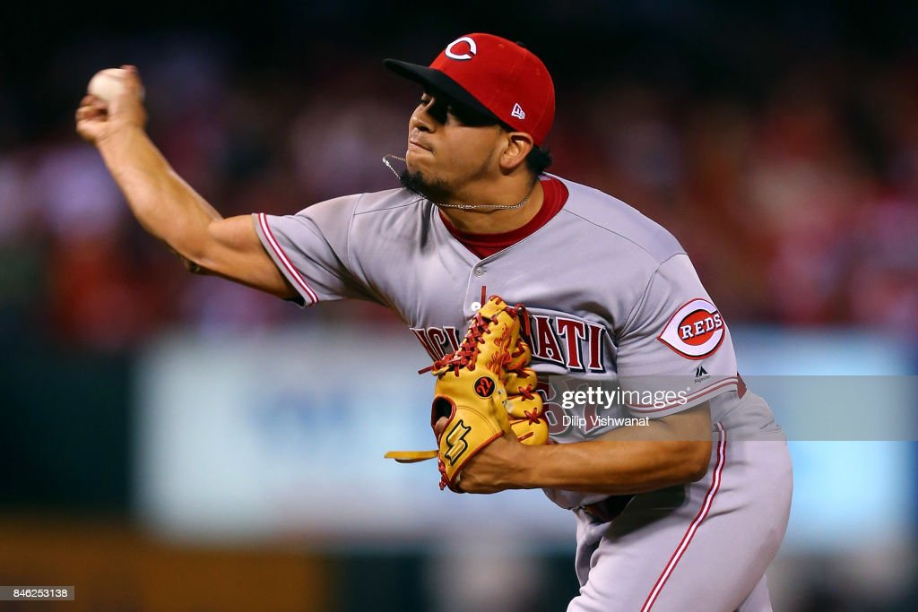 Alejandro Chacin #67 of the Cincinnati Reds pitches against the St. Louis Cardinals in the fourth inning at Busch Stadium on September 12, 2017 in St. Louis, Missouri.