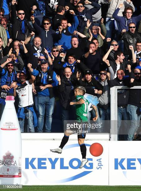 Alejandro Dario Gomez of Atalanta BC celebrates after scoring the opening goal during the Serie A match between Atalanta BC and AC Milan at Gewiss...