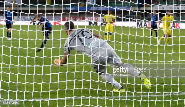 Alejandro Dario Gomez of Atalanta BC scores his team's first goal oal from the penalty spot during the Serie A match between AC Chievo Verona and...