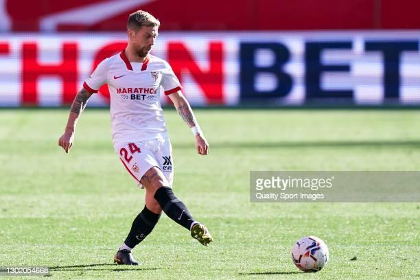 Alejandro Darío 'Papu' Gómez of Sevilla FC in action during the La Liga Santander match between Sevilla FC and SD Huesca at Estadio Ramon Sanchez...