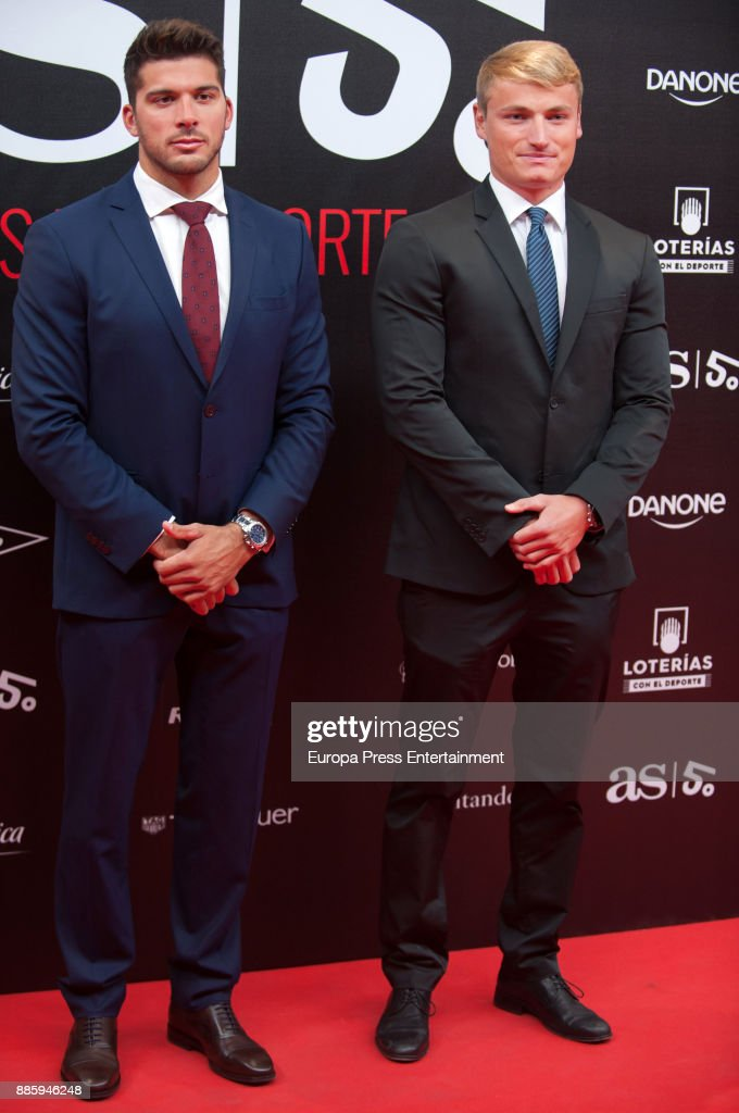 Alejandro Davidovich (R) attends the 'As del Deporte' and 'As' sports newspaper 50th anniversary dinner at the Palacio de Cibeles on December 4, 2017 in Madrid, Spain.