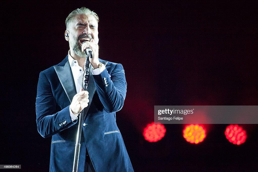 Alejandro Fernandez - Confidencias World Tour - New York, New York