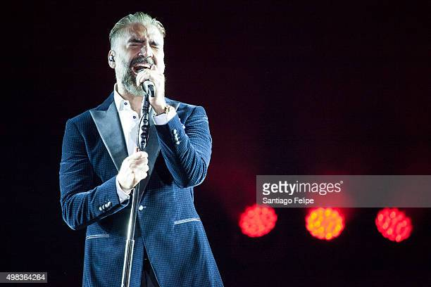 Alejandro Fernandez performs onstage during Confidencias World Tour at The Theater at Madison Square Garden on November 22 2015 in New York City