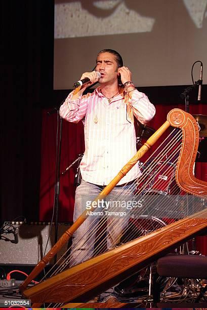 Alejandro Fernandez rehearses for the Telemundo reception at the Mandarin Oriental Hotel in Miami on June 30 2004