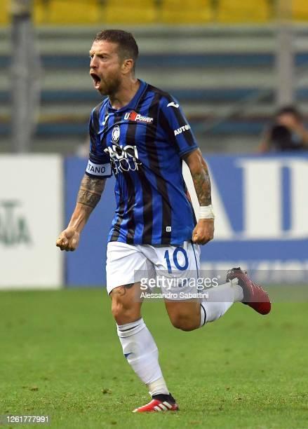 Alejandro Gomez of Atalanta BC celebrates after scoring his team's second goal during the Serie A match between Parma Calcio and Atalanta BC at...