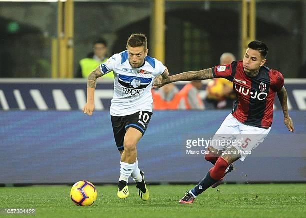 Alejandro Gomez of Atalanta BC in action during the Serie A match between Bologna FC and Atalanta BC at Stadio Renato Dall'Ara on November 4 2018 in...