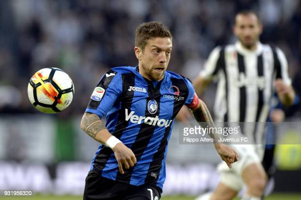 Alejandro Gomez of Atalanta BC in action during the serie A match between Juventus and Atalanta BC on March 14 2018 in Turin Italy