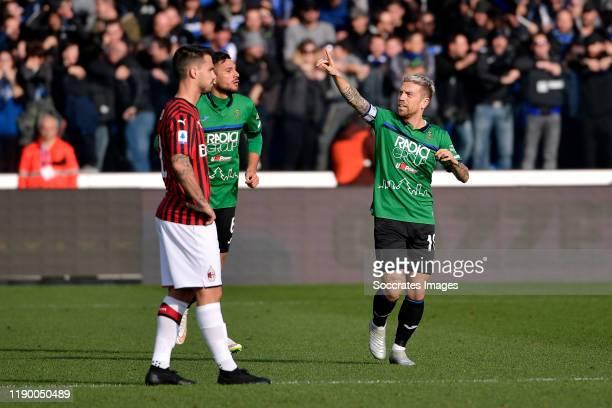 Alejandro Gomez of Atalanta celebrates 10 during the Italian Serie A match between Atalanta Bergamo v AC Milan at the Stadio Atleti Azzurri d Italia...