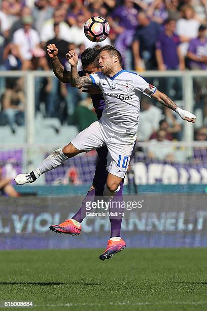 Alejandro Gomez of Ataltanta BC in action during the Serie A match between ACF Fiorentina and Atalanta BC at Stadio Artemio Franchi on October 16...