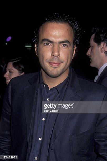 Alejandro González Iñárritu attends the premiere of 'Amores Perros' on March 27 2001 at the GCC Galaxy 6 Theater in Hollywood California